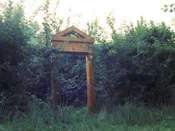 L'ingresso al cimitero degli ebrei e alla risorgiva