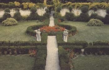 Il giardino all'italiana di palazzo Tullio-Altan